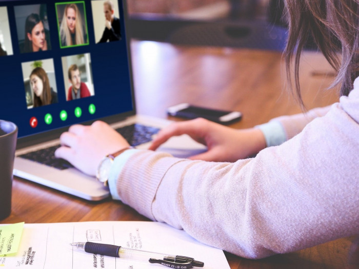 How To Host Effective Online Meetings As A Lebanese Professional